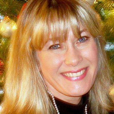 Cindy Morales Headshot-sq